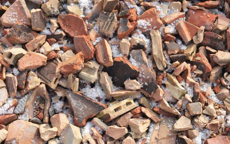 junk hunters building waste